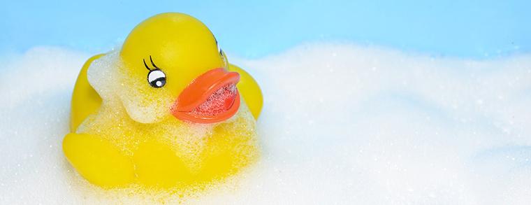 Häufiges Baden kann die empfindliche Babyhaut austrocknen