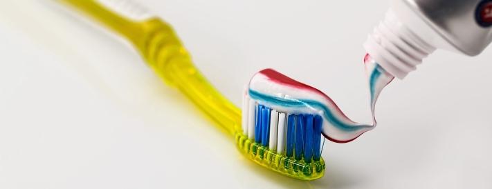 Zahnpasta für Erwachsene