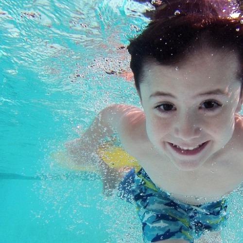 Baderegeln und Schwimmabzeichen für Kinder